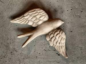 Bilde av Svale 15x20 cm spredte vinger