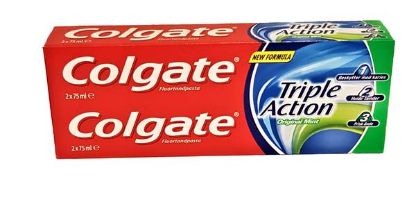 Bilde av Colgate triple action 2x75ml