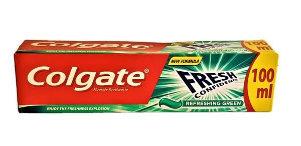 Bilde av Colgate fresh confidence green tannkrem 100ml
