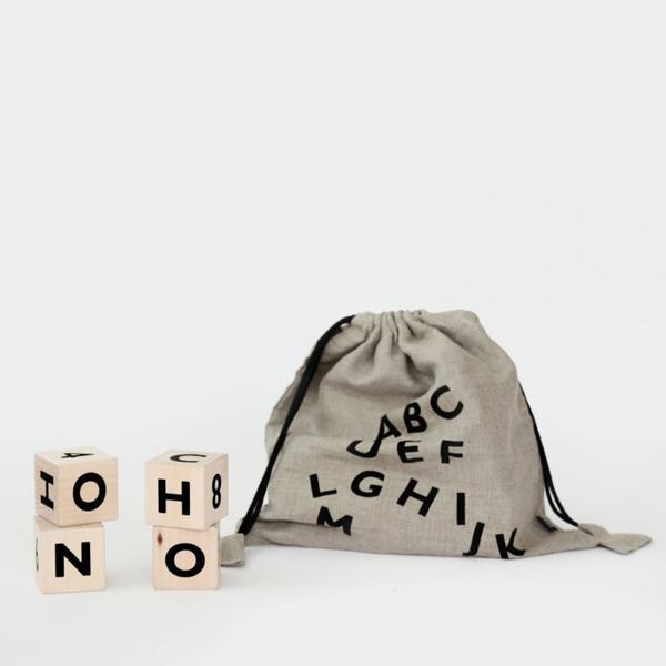Bilde av Treklosser Alfabetet sort