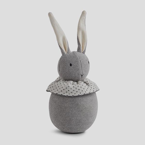 Bilde av Valdemar Rabbit grey melange strikket bamse