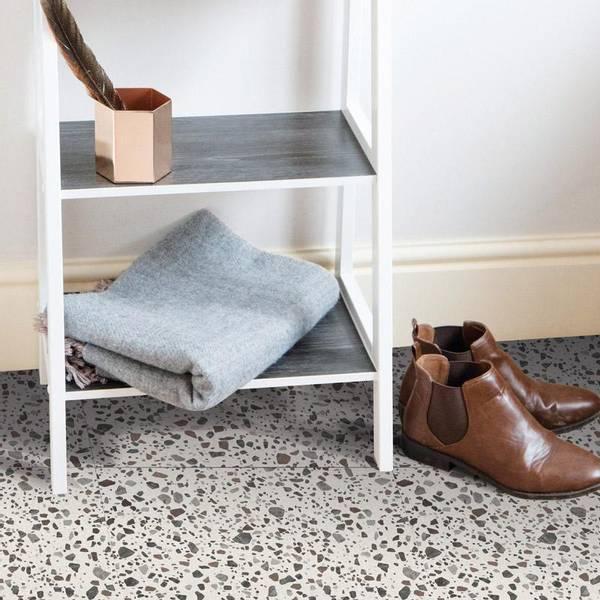Bilde av Vareprøve: Terrazzo selvklebende gulvfliser