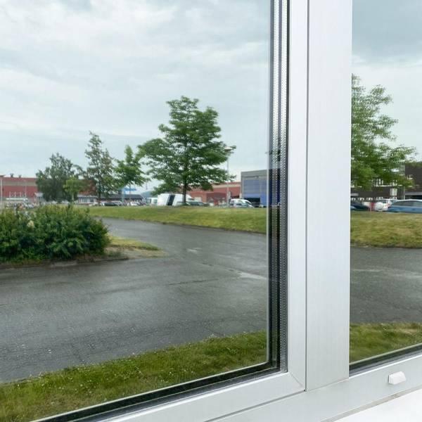 Bilde av Vareprøve: Reflektiv vindusfolie
