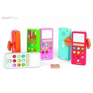 Bilde av Janod -mobiltelefon i tre