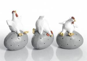 Bilde av Tre små høner på egg