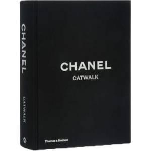 Bilde av Chanel Catwalk - New Mags