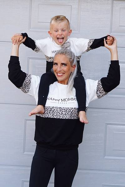 Bilde av Happy Mommy Colorblock Sweatshirt - White Leopard