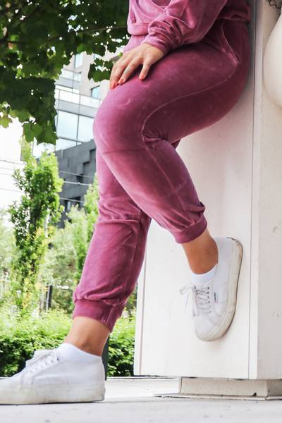 Mommy Velour Ankle Sweatpants - Washed Rose