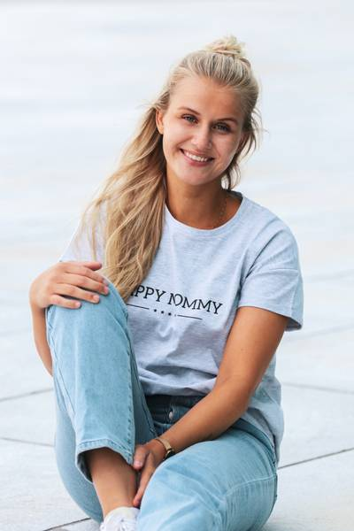 Bilde av Happy Mommy Organic Oversized Tee - Grey