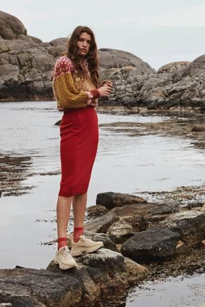 Bilde av IIS WOODLING Sigrun Skjørt Flammerød
