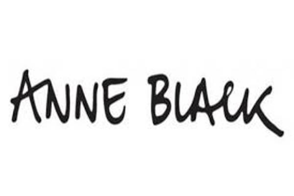 Bilde av ANNE BLACK LYS BLÅ TALL