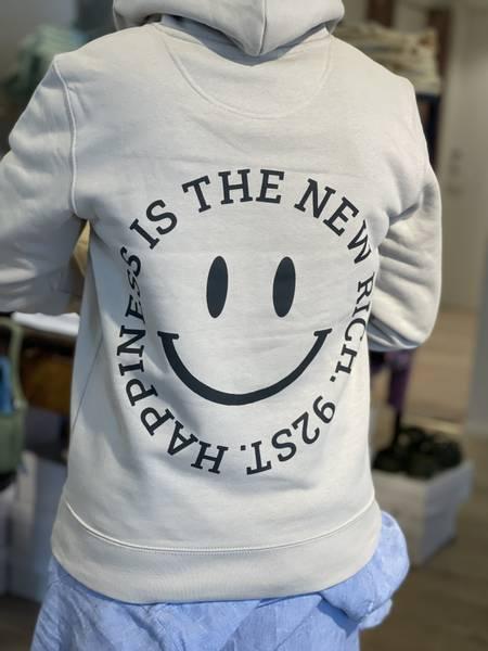 Bilde av 92 STUDIOS HOODIE HAPPINESS IS THE NEW RICH