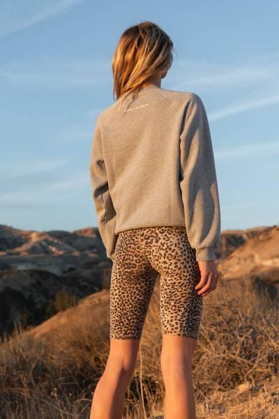 Bilde av THE BIKER SHORT Brown Leopard