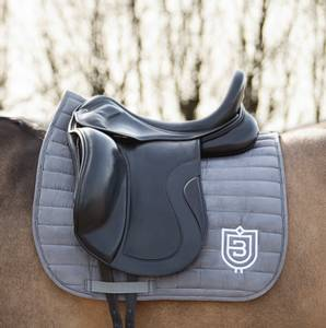 Bilde av Bullet Equestrian Saddle Pad DR Grey
