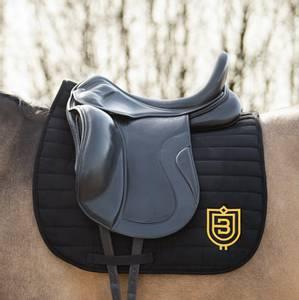 Bilde av Bullet Equestrian Saddle Pad DR Black