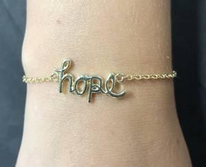 Bilde av Bondep armbånd gull HOPE