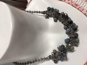 Bilde av Memic halskjede blå/grå