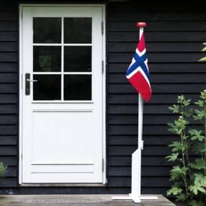 Bilde av HVIT FLAGGSTANG MED FLAGG -