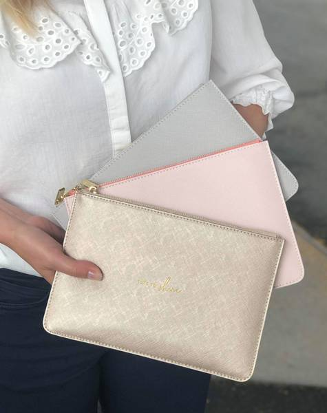 Perfect pouch clutch