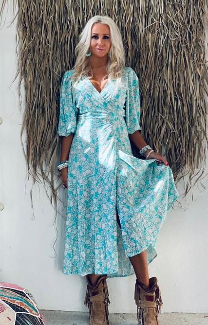 Bilde av LOVE FOREVER LOREEN DRESS TURQUISE