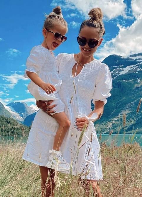 Bilde av MISSMAYA BENITA DRESS LINEN COCONUT
