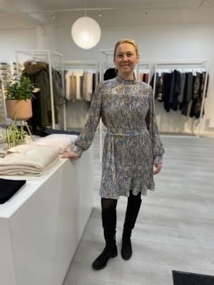 Bilde av HAUST - Paisley Pleat Dress