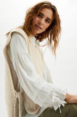 Bilde av CREAM - Vest Maggie Feather Grey