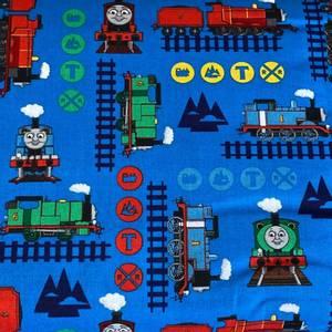 Bilde av Bomull Thomas-toget - Thomas og venner med skilt og togspor