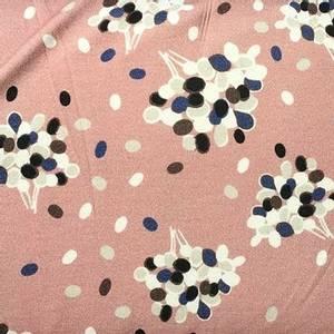 Bilde av Viscose jersey kraftig dus rosa med mønster