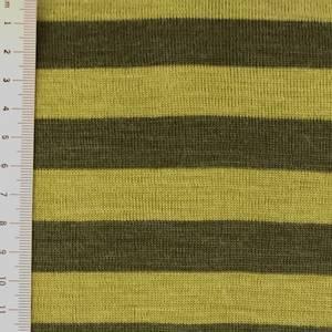 Bilde av Strikket merinoull - striper i grønntoner