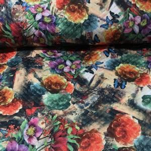 Bilde av Quiltet jersey - blomster og sommerfugler multifarget