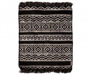 Bilde av Maileg - Miniatyr teppe, sort og hvit