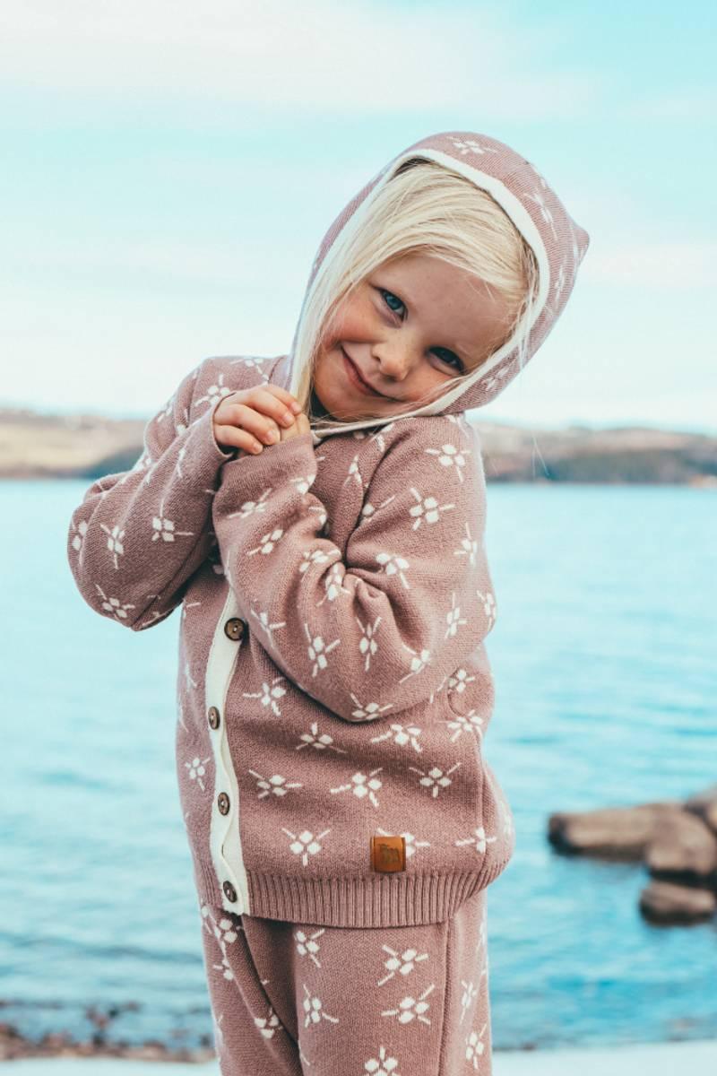 Støvrosa ullsett med jakke Icelandic og bukse Mule