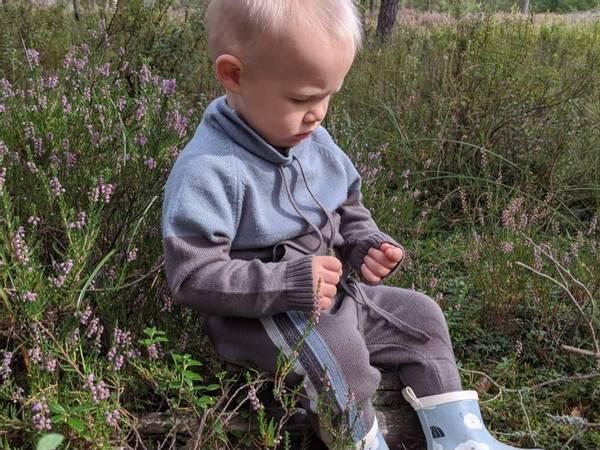 Bilde av Brun ullsett med genser Lonk og bukse Churra