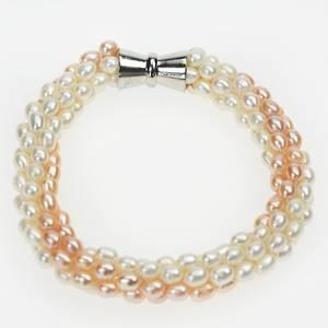 Bilde av Perlearmbånd med magnetlås, pastell hud / hvit farget