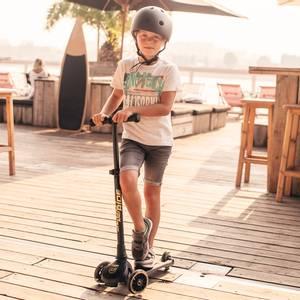Bilde av Sparkesykkel - Scoot & Ride Highwaykick 3 LED (Black/Gold)