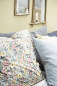 Bilde av Ib Laursen Pute med blomster