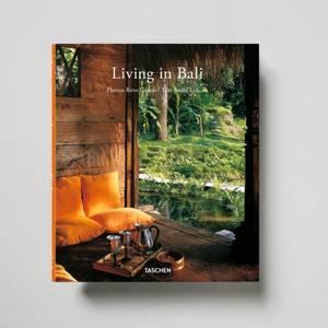 Bilde av Living in Bali