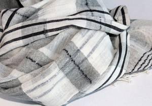 Bilde av Bomullsskjerf Hannah - Grå/hvit