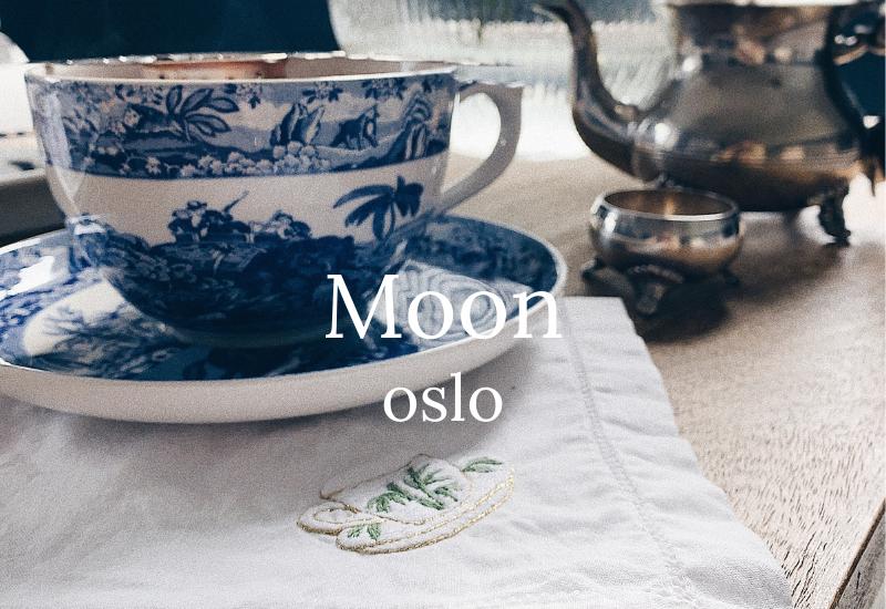 Moon oslo - lintøy til bordet, linservietter, håndklær, høy kvalitet, badekåper med navn, håndklær med navn, badekåpe barn