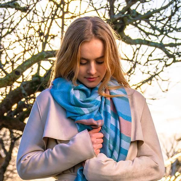Bilde av Morild Tindra Linje skjerf med refleks, blå