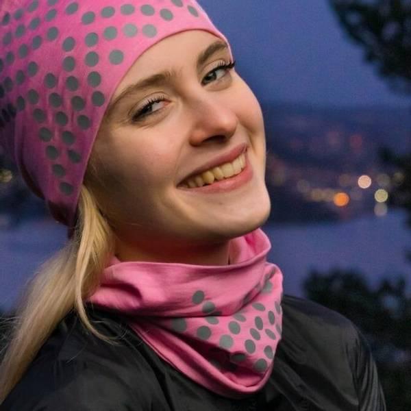 Bilde av Morild Sølvfaks hals med refleks, lys rosa