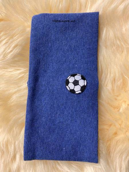 Bilde av Kivat Pannebånd - jeansblå med fotball