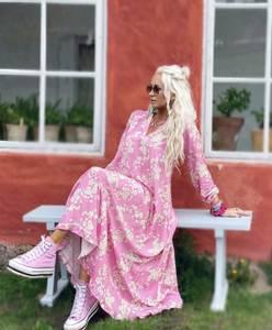 Bilde av Cherry Blossom Maxi Dress