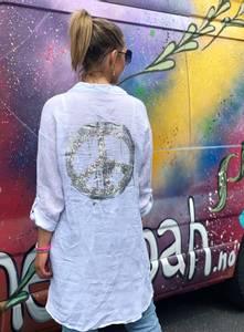 Bilde av Silver Peace Shirt