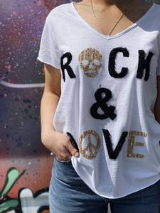 Bilde av Rock and Love Tee