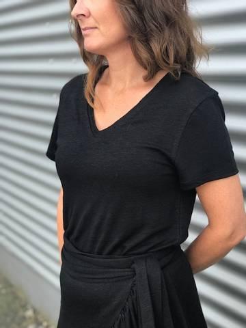 Bilde av Lin T-shirt v neck hvit