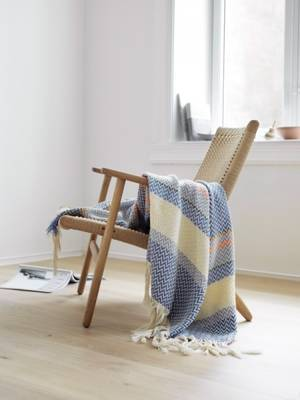 Oslo Bunad Blanket