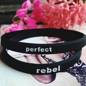 Bilde av TO SORTE RAPP, perfect rebel