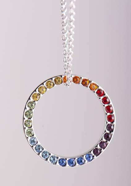 Regnbue Chakra kjede med Swarovski krystaller